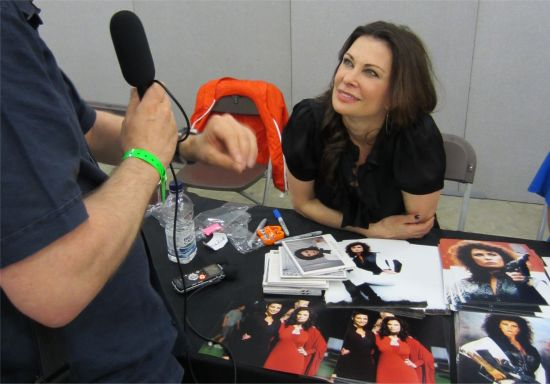 Pete from FrequencyCast interviews sci-fi legend Jane Badler